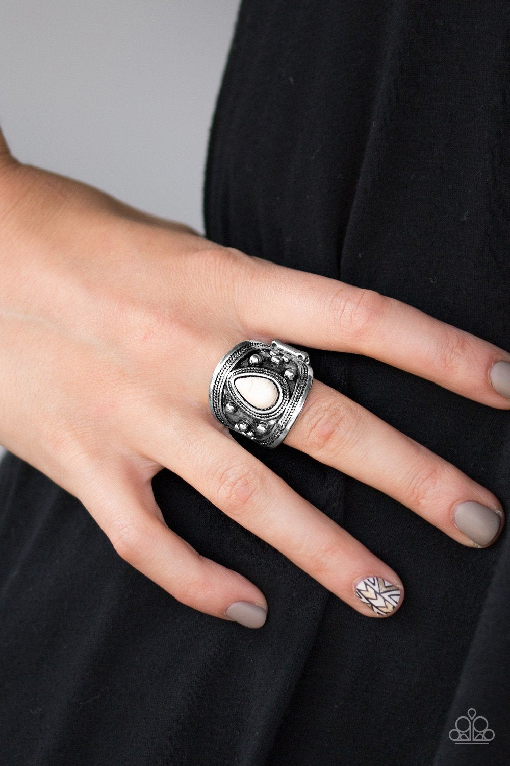 Sonoran Sands - white - Paparazzi ring