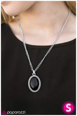 Stagecoach - Black - Paparazzi necklace