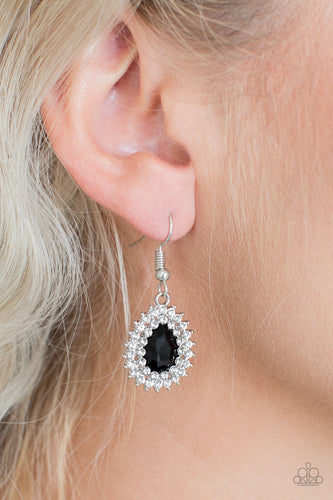 Star Crossed Starlet - black - Paparazzi earrings