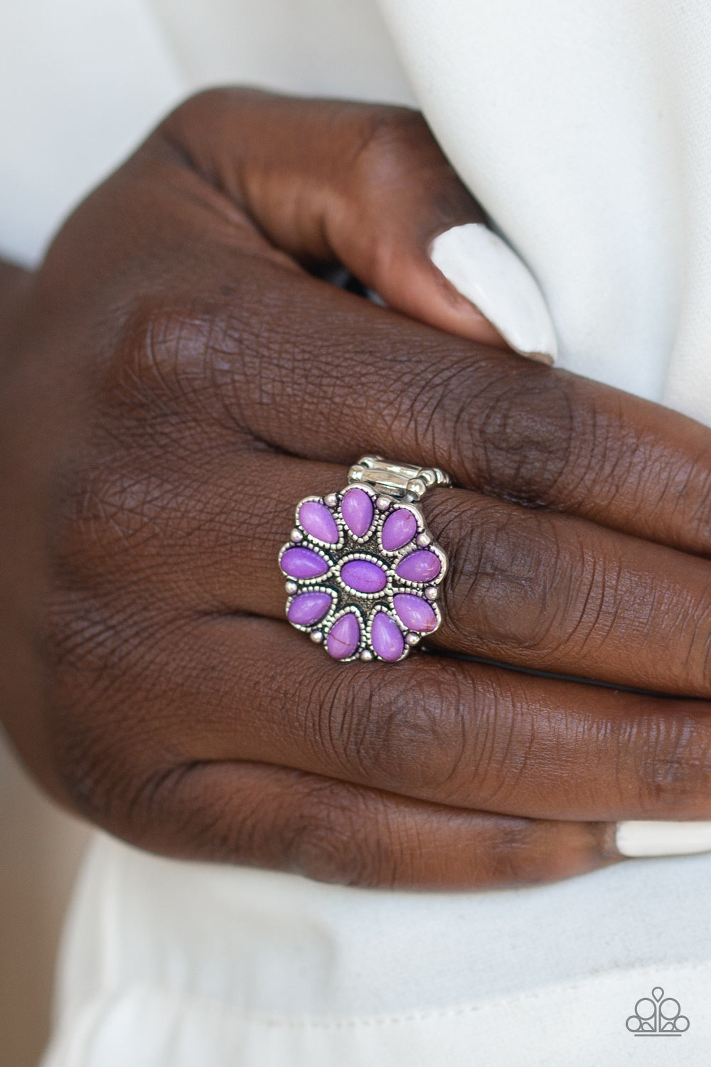 Stone Gardenia - purple - Paparazzi ring