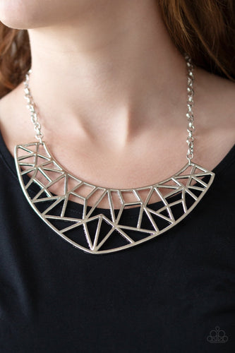Strike While HAUTE - silver - Paparazzi necklace