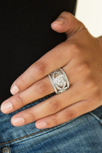 Sweetly Sweetheart - white - Paparazzi ring