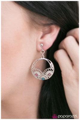 Swing into Spring - Paparazzi clip-on earrings