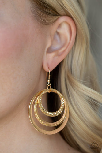 Tempting Texture - gold - Paparazzi earrings