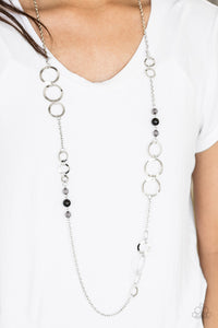 The GLOW-est of the GLOW - black - Paparazzi necklace