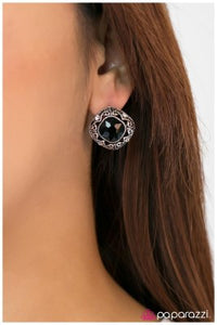 The Grand Luxe - Paparazzi Post earrings