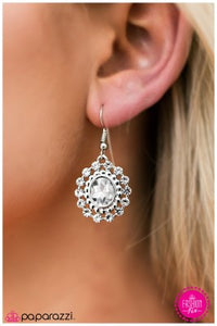 The Prince and Me - Paparazzi earrings