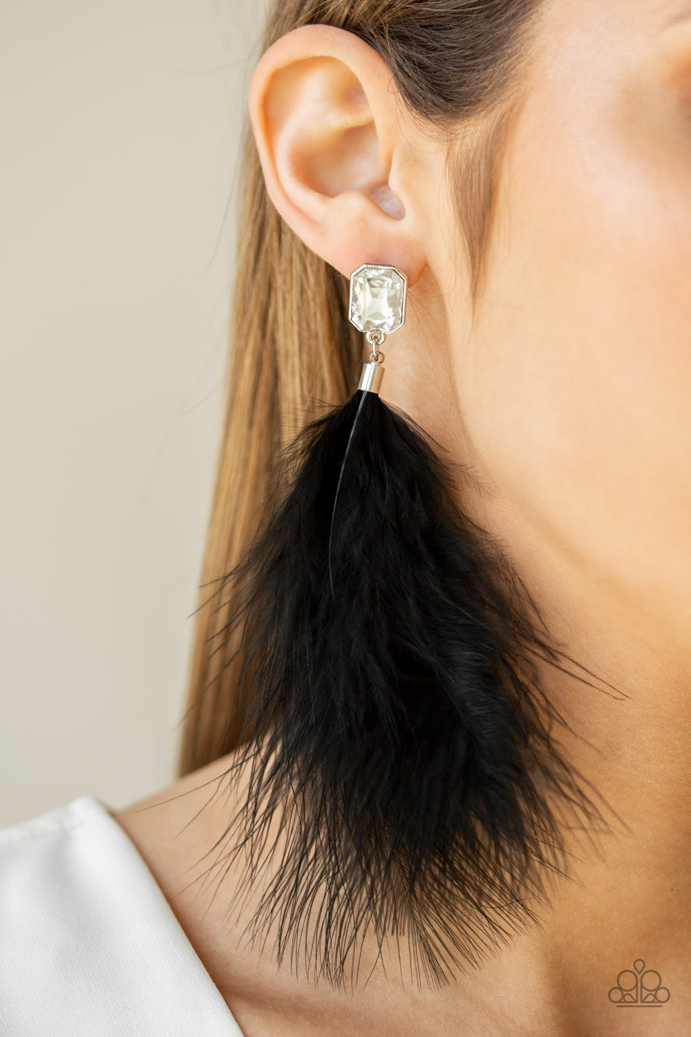The SHOWGIRL Must Go On - black - Paparazzi earrings