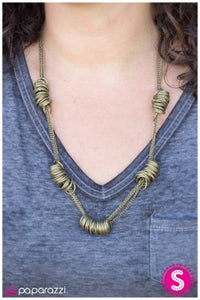 This Has A Nice Ring To It - brass - Paparazzi necklace