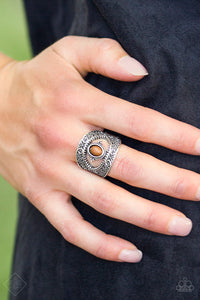 Totally Tourist - brown - Paparazzi ring
