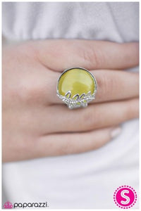 Under The Harvest Moon - Yellow - Paparazzi ring