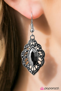 Vegas Vacation - Paparazzi earrings
