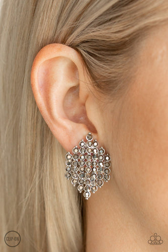 Vegas Vega - silver - Paparazzi CLIP ON earrings