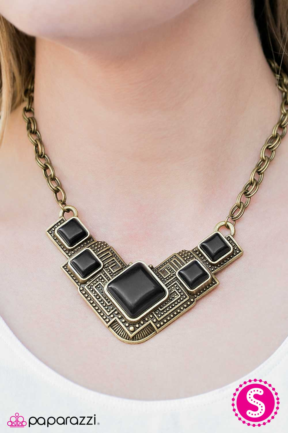 Way To Make An EMPRESS-ion! - Brass - Paparazzi necklace
