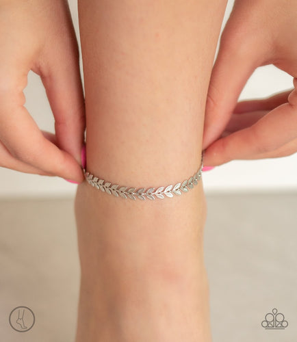 West Coast Goddess-silver-Paparazzi anklet
