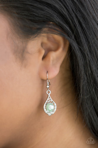 Westminster Waltz - green - Paparazzi earrings