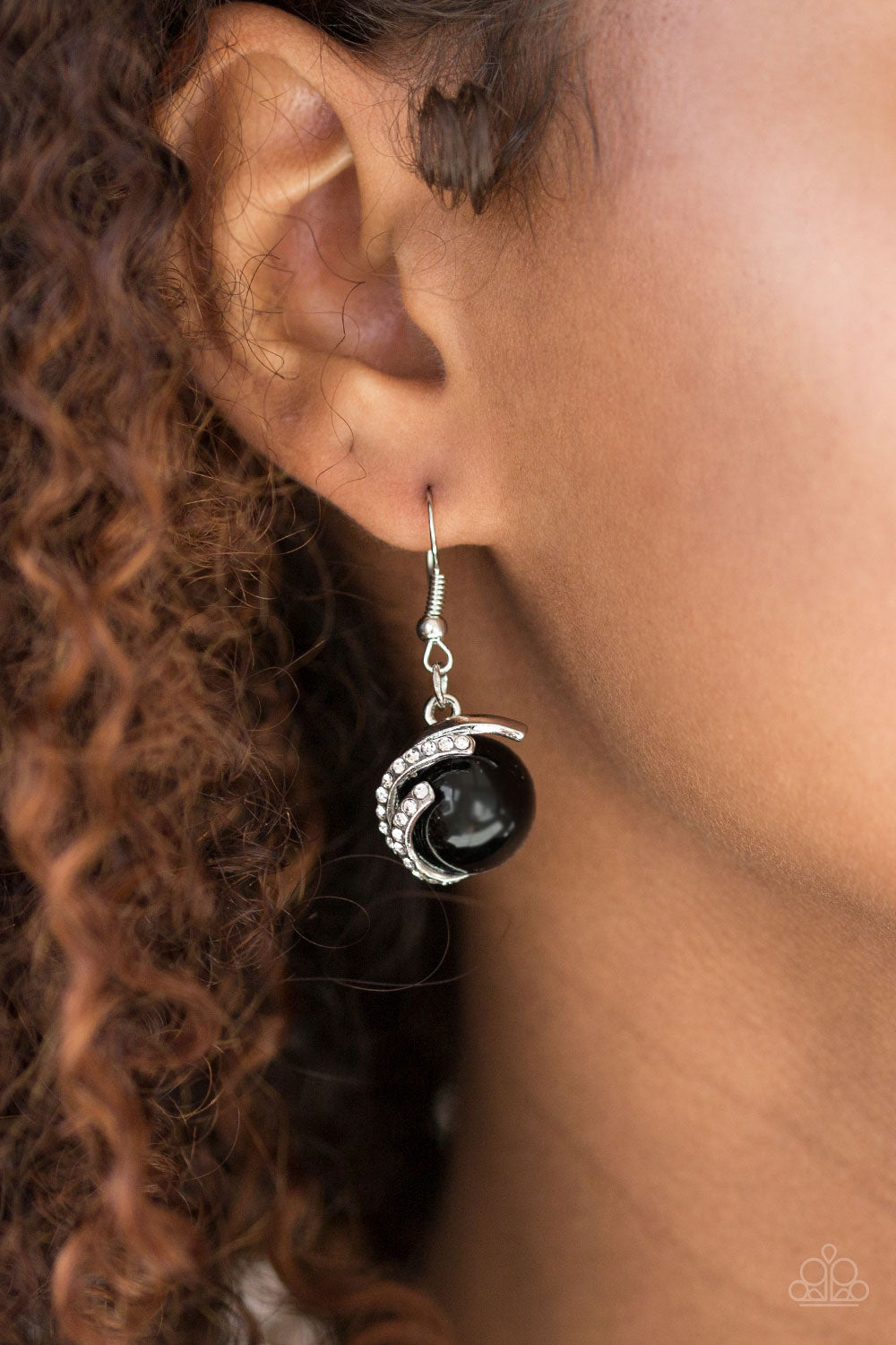 What You SEA is What You Get - black - Paparazzi earrings