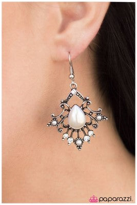 When I Am Queen... - White - Paparazzi earrings
