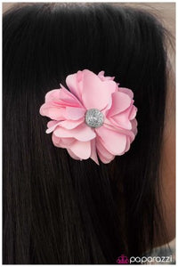 Yes We GLAM! - Paparazzi Hair clip