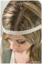 Load image into Gallery viewer, White Beauty - Paparazzi headband