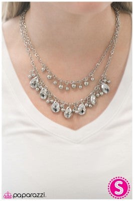 Talk the Talk - silver - Paparazzi necklace