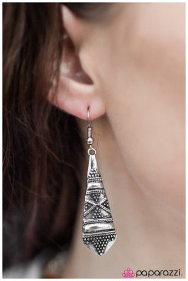 The Islander - Paparazzi earrings