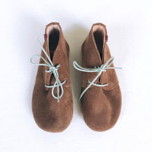 Load image into Gallery viewer, MOLEKE SHOES / CHARLIE BOOTS BROWN-MINT