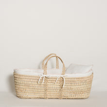 Load image into Gallery viewer, moses-basket-set-home-white-pink-colour-2