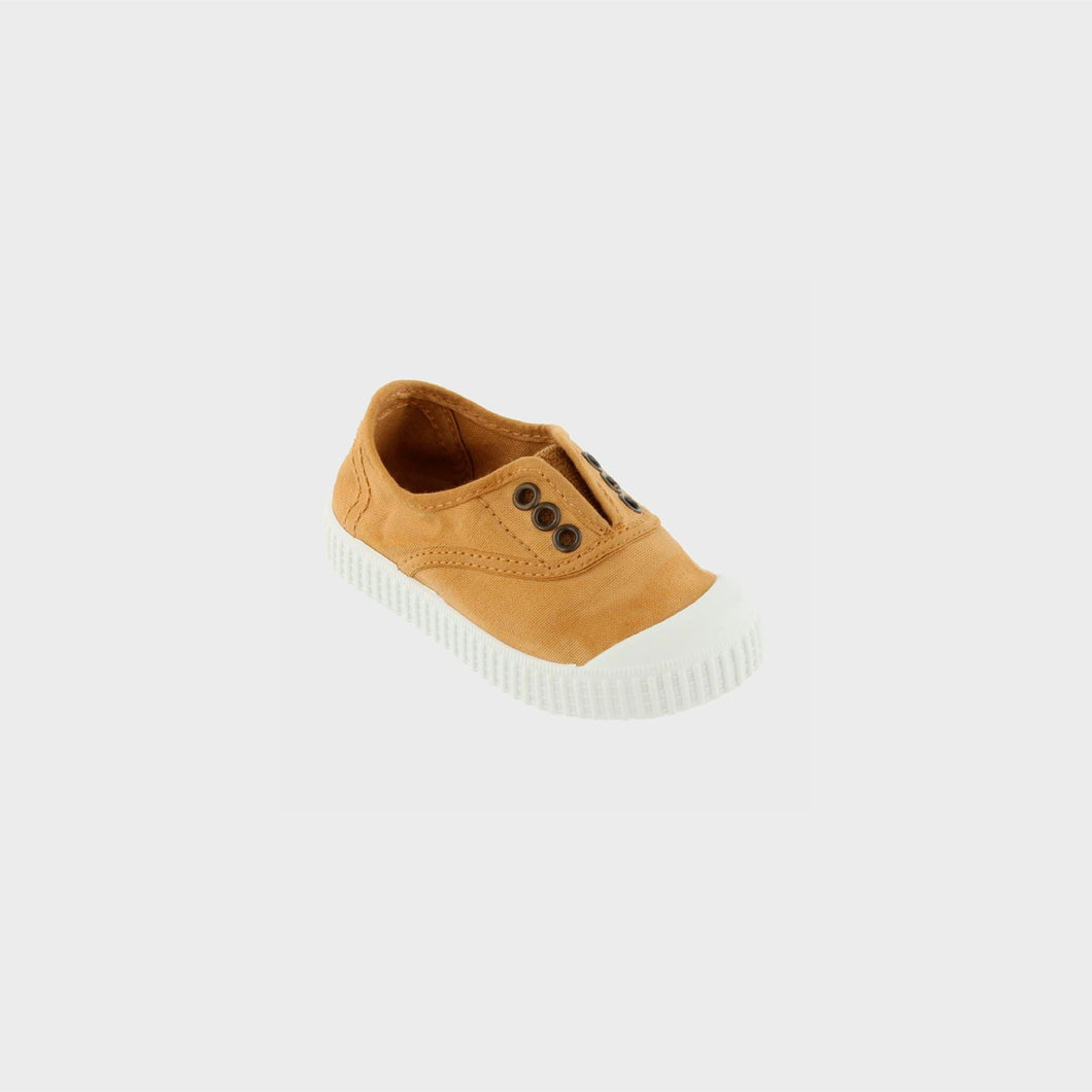 grace-baby-and-child_victoria-shoes-baby-child-oro-colour-4