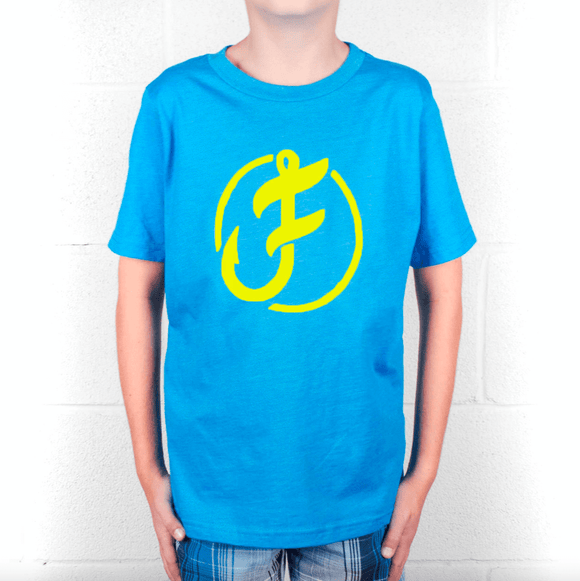 Youth/kids Iconic Line Logo Tee - S - P