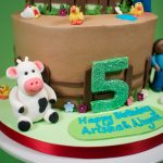 Farmyard buttercream cake
