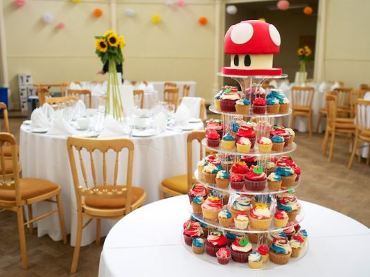 Super Mario cupcake tower