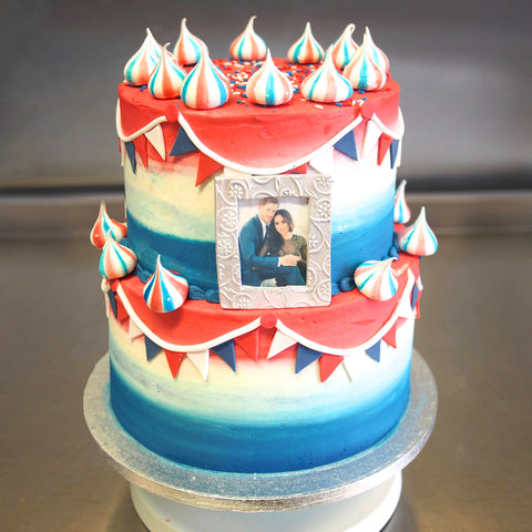 Check Out This Awesome Cake Made To Celebrate The Royal Wedding Last Week Featuring Picture Perfect Couple Themselves