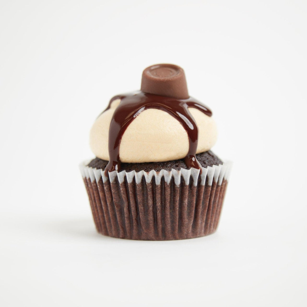 Caramel Rolo Cupcakes by Crumbs & Doilies