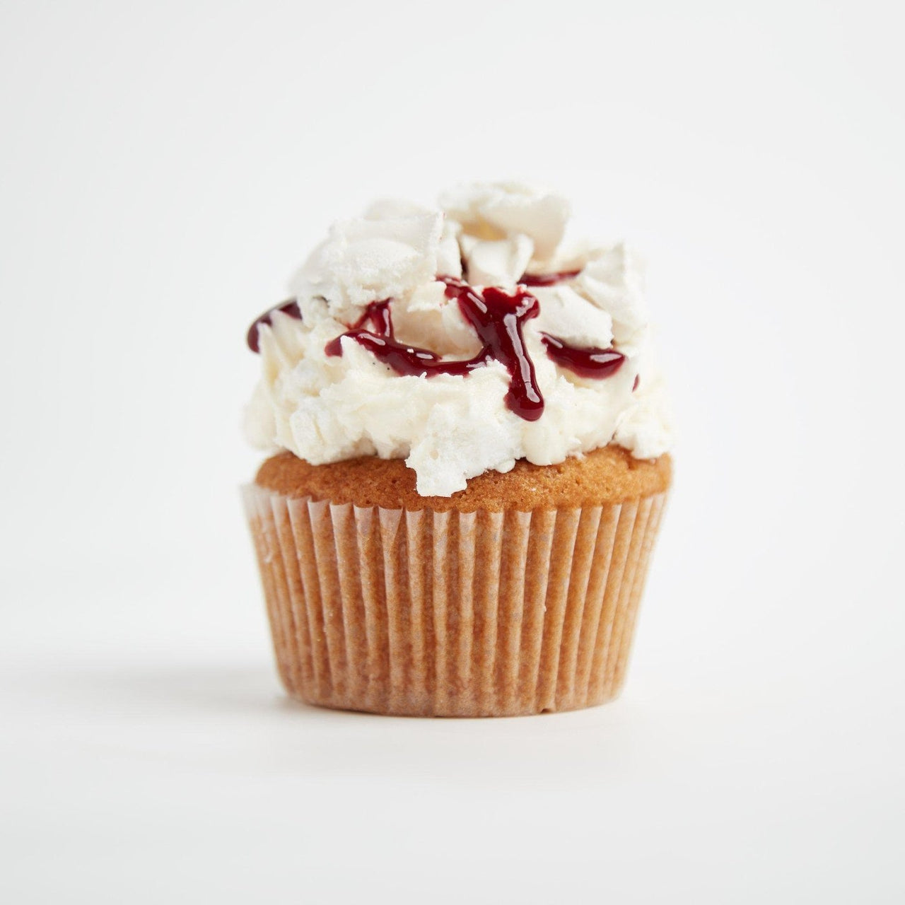 Eton Mess Cupcakes by Crumbs & Doilies
