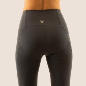 Charcoal grey Flow 2 Freedom Exhale full length period proof legging back view