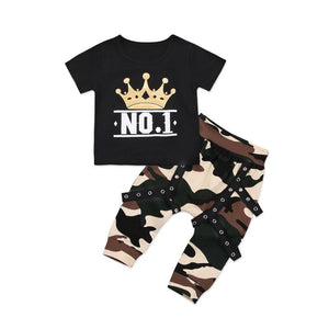NO. 1 Tee and camo pants