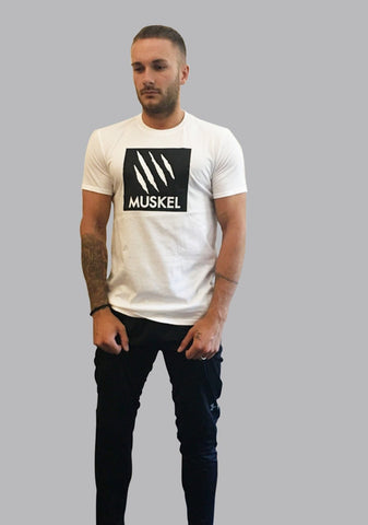MONO Semi Fitted T White
