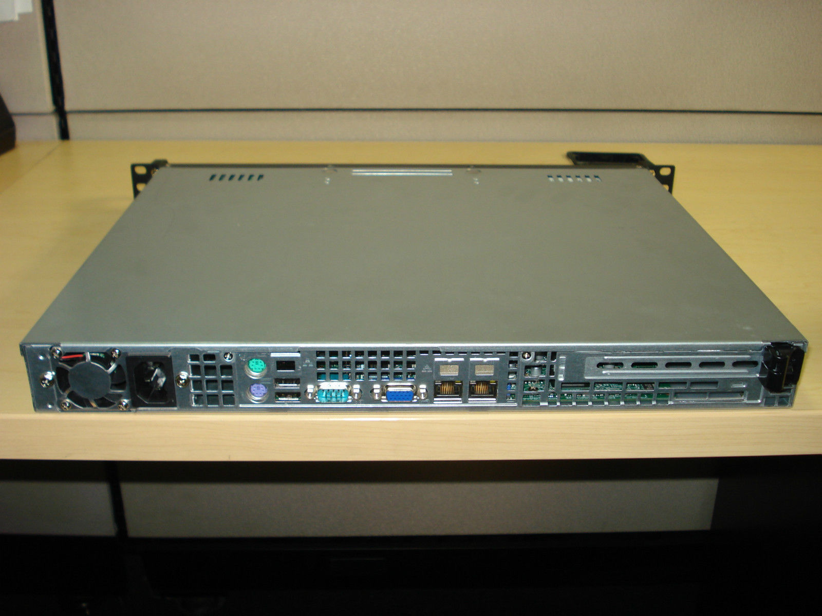 SUPERMICRO 1U - CSE 512-260B CHASSIS W/ SUPERMICRO MOTHERBOARD(X9SCL