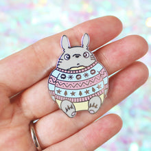 Load image into Gallery viewer, Ho Ho Hototoro Enamel Pin