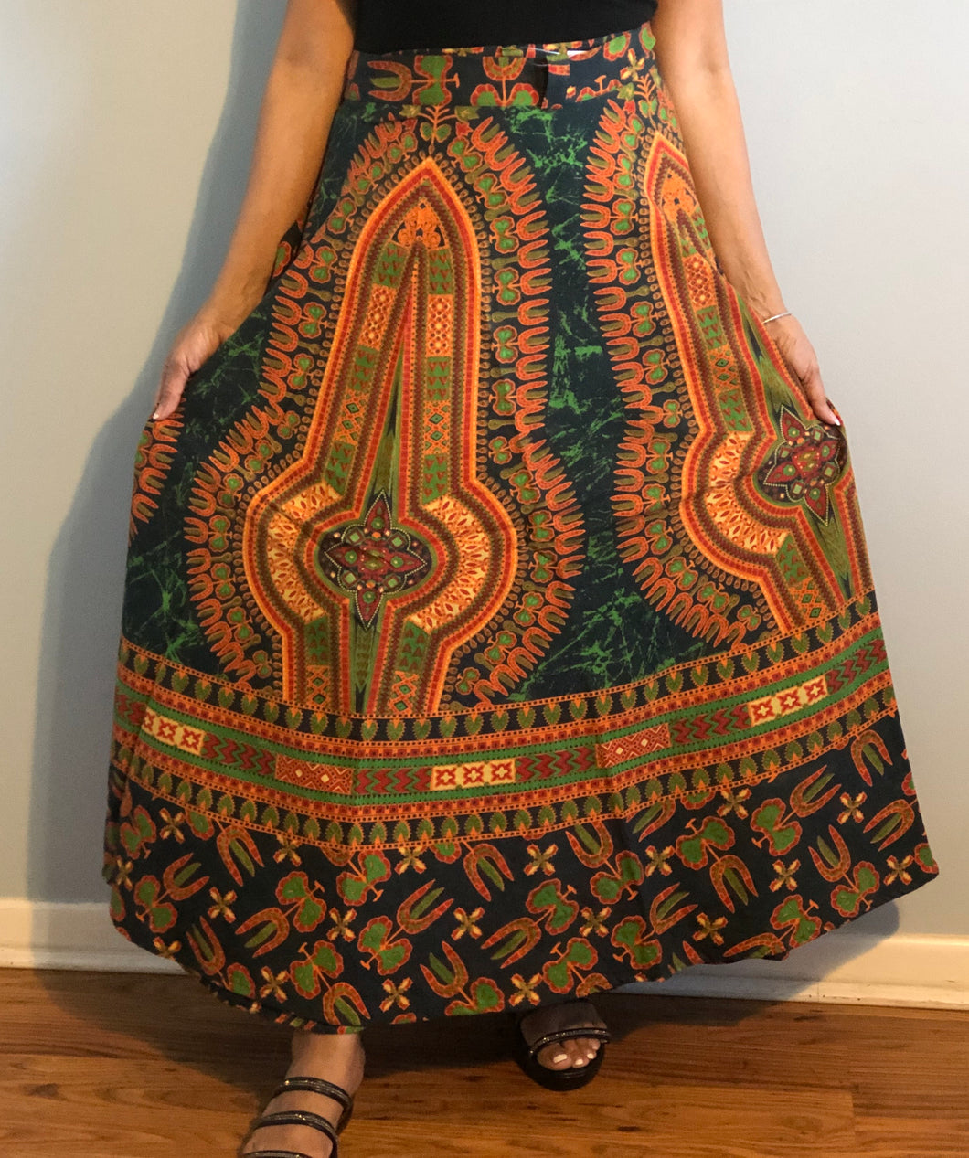 100% Cotton Wrap Skirt! Dashiki Print! One Size Fits Most!