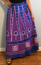 Load image into Gallery viewer, 100% Cotton Wrap Skirt ! Batik Print ! One Size Fits Most !