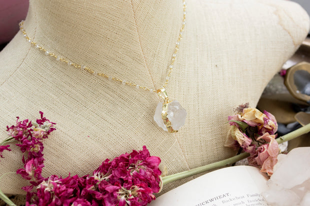 Rough World Quartz Necklace