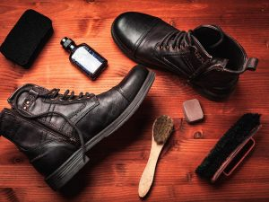 cleaning leather boots 3