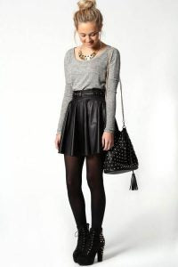 leather skirt outfit 6