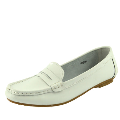 Hunton Slip on Leather Classic Moccasin Pumps - White