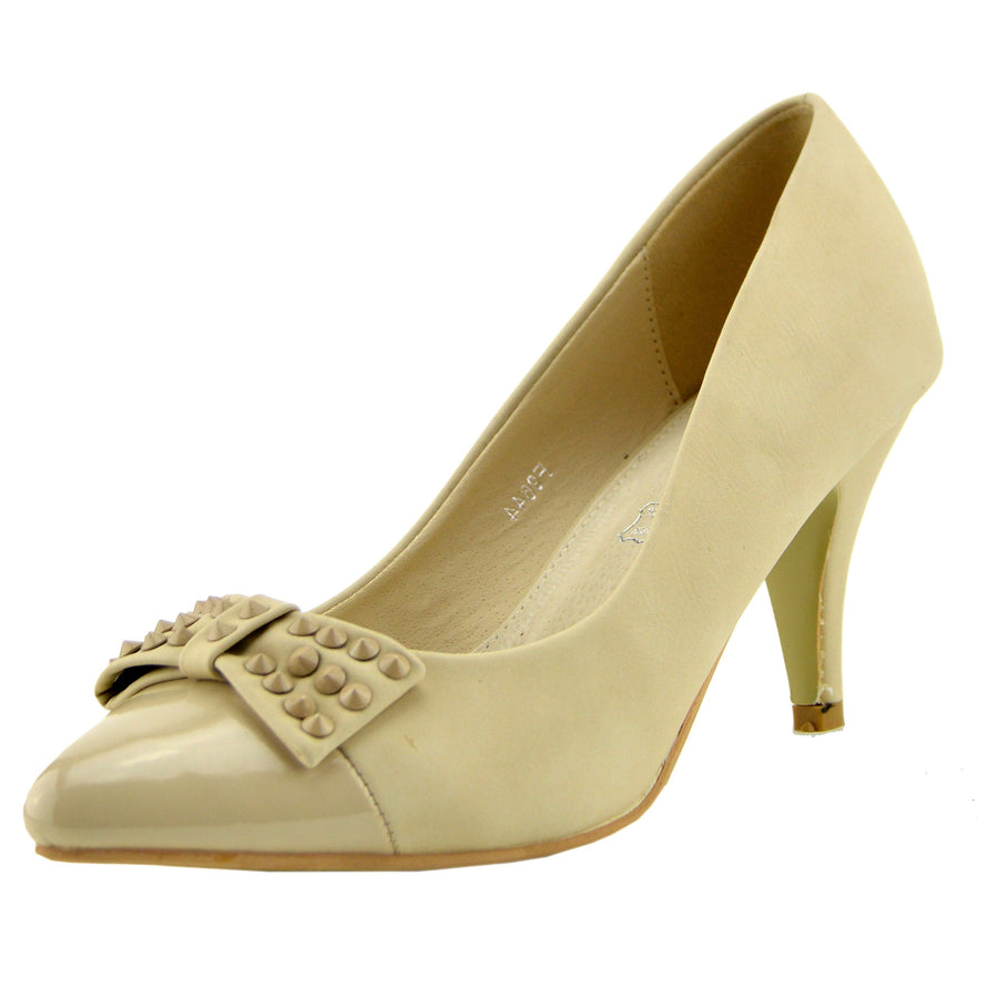 Womens Classic Kitten Heels Office, Evening Black Shoes - Cream