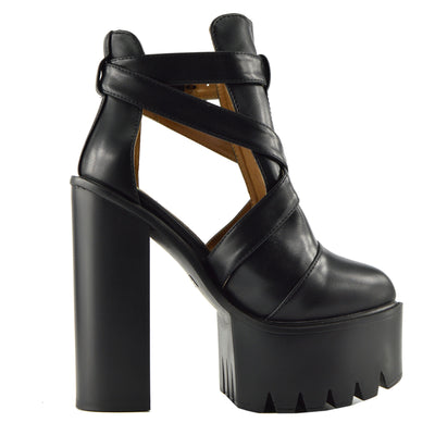 Robyn Cut Out Buckle Cleated Platform Shoes - Black D4660