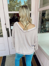 Load image into Gallery viewer, Slouchy But Cute Top - Mauve