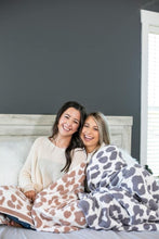 Load image into Gallery viewer, PRE-ORDER Softest Blanket Ever - Grey Leopard